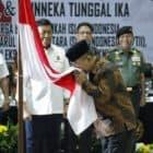 Menko Polhukam Saksikan Ikrar Setia Pancasila, UUD 1945 dan Bhineka Tunggal Ika oleh Keluarga Besar Harokah Islam Indonesia, eks DI/TII dan eks NII