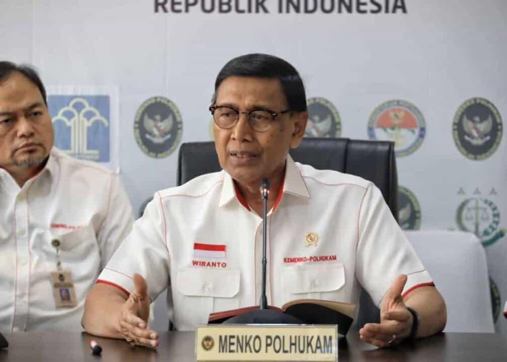 Menko Polhukam Harapkan Masyarakat Maluku Tidak Percaya Berita Hoaks tentang Bencana