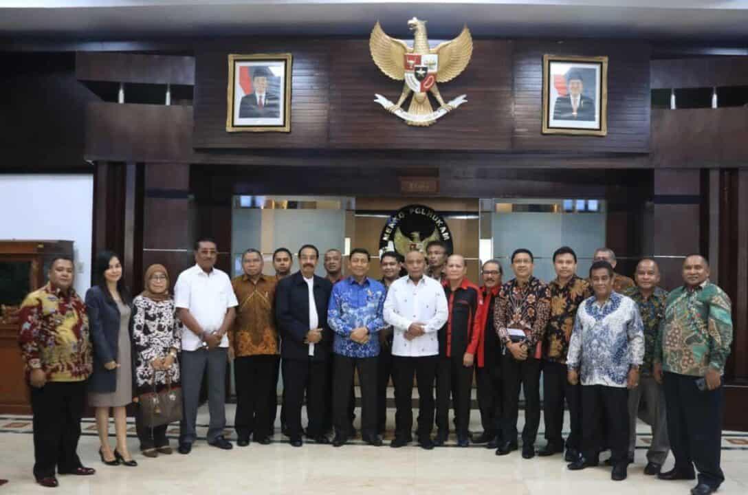 Menko Polhukam Sampaikan Permintaan Maaf Pada Masyarakat Maluku